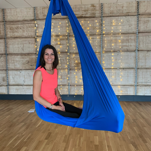 Week-end yoga féminin et découverte du yoga aérien à Périgueux, Dordogne