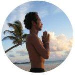 Stephane Colliege adityam professeur yoga séjour au clos des lucioles