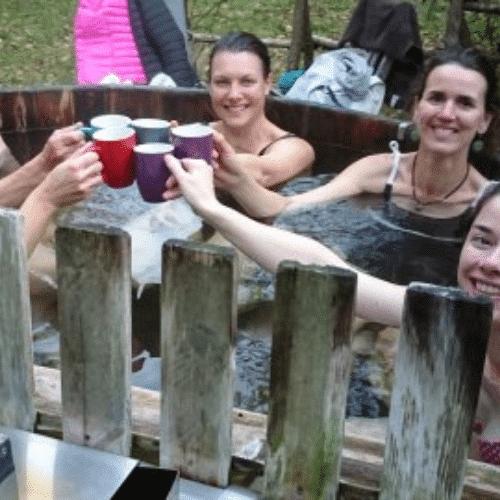retraite yoga en bretagne entre femmes happy trek séjours bien être