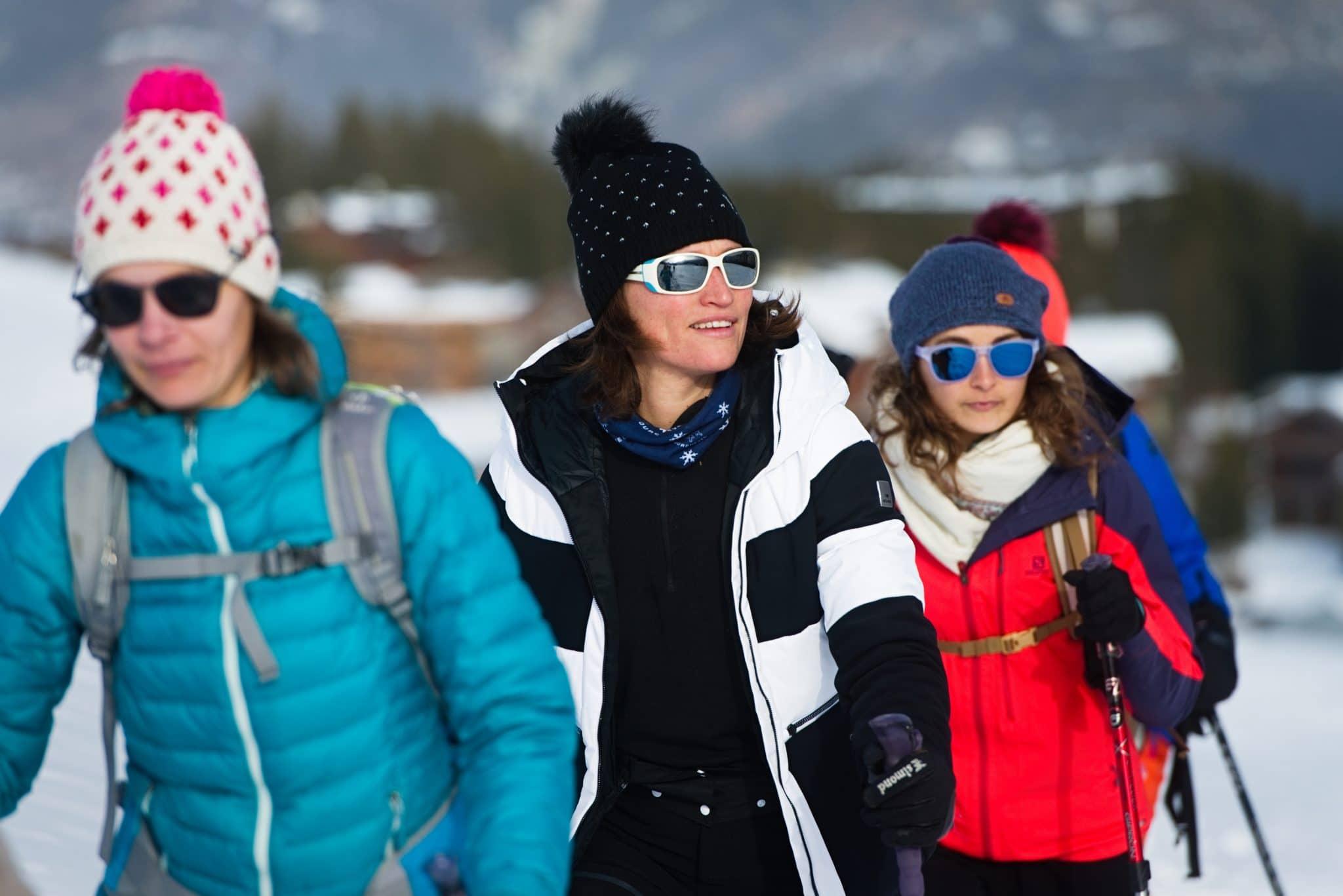 weekend yoga en savoie hiver avec randonnées raquettes et marche nordique